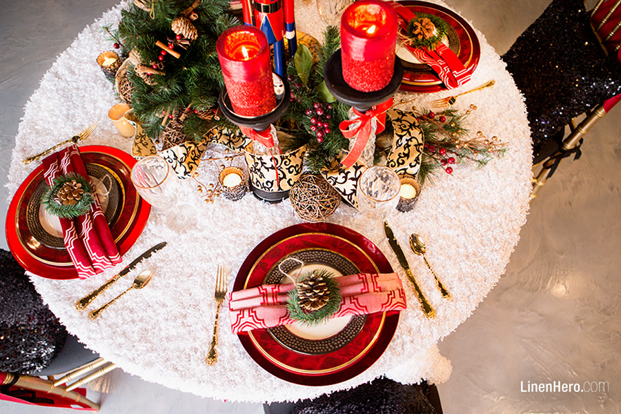 An Elegant Holiday Dinner Party Linen Hero